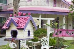 Słodka kolorowa domowa skrzynka pocztowa Zdjęcie Stock