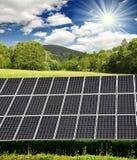 słoneczny energetyczny panel Zdjęcia Royalty Free