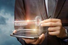 Słowa kluczowe jak klucz na wirtualnym ekranie Obrazy Stock