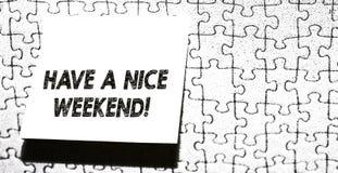 S?owo pisze tekscie ?adnego weekend Biznesowy pojęcie dla życzyć someone wakacyjnego kawałek który zdarza się coś ładny zdjęcia stock