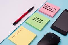 S?owo pisze teksta bud?ecie 2020 Biznesowy pojęcie dla kosztorysu dochód, wydatek dla następnie i bieżący rok notatka zdjęcie royalty free
