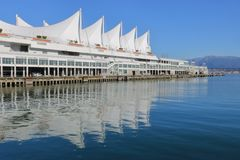 ` S Pan Pacific Hotel icônico de Vancôver, Canadá fotos de stock