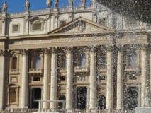 ` S St Peter базилики в Риме, Италии Стоковая Фотография