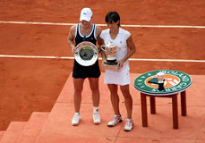 S. STOSUR and F. SCHIAVONE Roland Garros 2010. PARIS - JUNE 05: Samantha STOSUR (L) of Australia and Francesca SCHIAVONE (R) of Italy pose after the women's Royalty Free Stock Photography