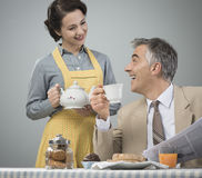 1950s style couple having breakfast Stock Photography