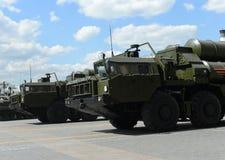 S-400 Triumf (NATO-WSKI reportażu imię: SA-21 mruk) jest przeciwlotniczym systemu broni pasmem i ampułą Fotografia Stock