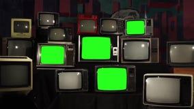 80s TV con la pantalla verde Enfoque adentro