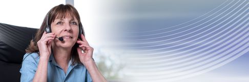 s?uchawki operatora telefonu poparcie sztandar panoramiczny zdjęcie royalty free