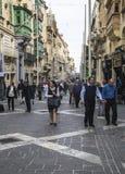 Διπλανός δρόμος στη πρωτεύουσα της Μάλτας ` s Valletta στη Μάλτα στοκ φωτογραφίες με δικαίωμα ελεύθερης χρήσης