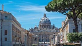 ` S Vatikans St Peter Quadrat Stockbilder
