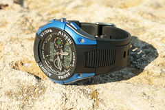 άτομα s wristwatch Στοκ φωτογραφία με δικαίωμα ελεύθερης χρήσης