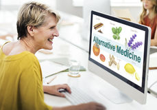 Saúde Herb Therapy Concept da medicina alternativa fotografia de stock royalty free