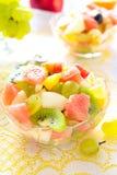 Sałatka od winogrona, jabłka i cytrusa, Zdjęcia Royalty Free