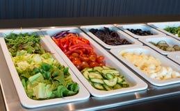 Sałatkowy bufet, catering obraz stock