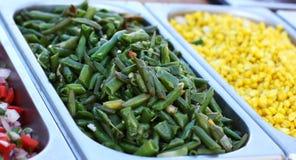 Sałatka od zielonych szparagowych fasoli na próbie Fotografia Stock