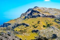 Sa Calobra в Serra de Tramuntana - горах в Мальорке, Испании Стоковые Фотографии RF