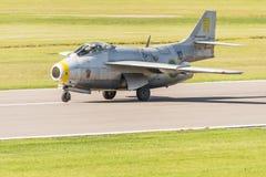 SAAB J29 Tunnan historyczny myśliwski właśnie lądujący Obrazy Royalty Free