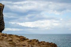 Saaidia海滩和波浪 免版税库存照片