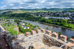 Взгляд над городком Saarburg, Германии Стоковая Фотография