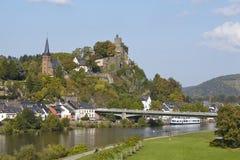 Saarburg - Ansicht von einer Saar-Brücke Stockfotografie