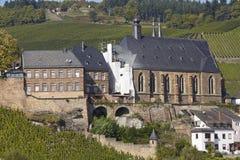Saarburg - helgon Lawrence Church Arkivbilder
