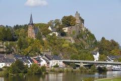 Saarburg - vista da un ponte della Saar Fotografia Stock Libera da Diritti
