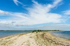 Saare岩石海岸线的点,爱沙尼亚 免版税库存照片