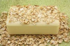 Sabão do Oatmeal Imagens de Stock Royalty Free