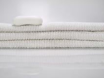 Sabão e toalhas Imagens de Stock Royalty Free
