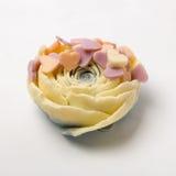 Sabão feito a mão como rosas, flores, aromaterapia, termas foto de stock royalty free