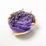 Sabão feito a mão como rosas, flores, aromaterapia, termas imagem de stock