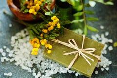 Sabão feito a mão natural com sabor da mimosa Imagens de Stock Royalty Free