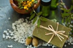 Sabão feito a mão natural com sabor da mimosa Fotografia de Stock Royalty Free