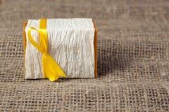 Sabão natural na tela áspera natural Foto de Stock