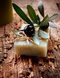 Sabão verde-oliva Handmade Fotografia de Stock Royalty Free