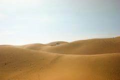 Sabbia e cielo rossi Immagine Stock