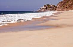 Sabbia e mare dalla Costa del Pacifico immagini stock libere da diritti