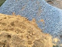 Sabbia e pietra nel sito di industria fotografia stock