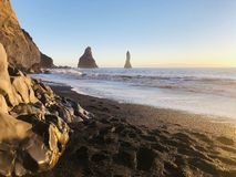 Sabbia nera spettacolare in Islanda fotografia stock libera da diritti