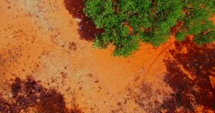 Sabbia rossa nel clima caldo archivi video