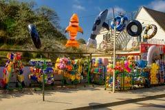 Sabbia-spiaggia Toy Shop della curvatura immagini stock libere da diritti