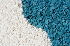 Sabbia variopinta delle pietre bianche e blu Fotografia Stock