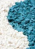 Sabbia variopinta delle pietre bianche e blu Immagini Stock Libere da Diritti