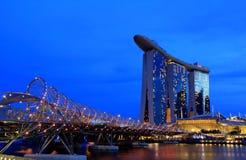 Sabbie della baia del porticciolo al crepuscolo a Singapore Fotografie Stock Libere da Diritti