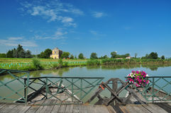 sabbioneta Италии commessaggio моста шлюпки стоковое изображение