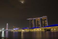 Sable de baie de marina de paysage urbain de Singapour photos libres de droits