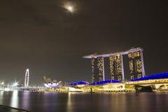 Sable de baie de marina de paysage urbain de Singapour images libres de droits