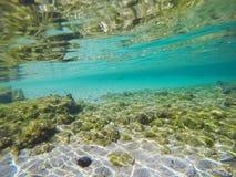 Sable et roches sous-marins Photo libre de droits