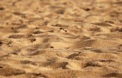 Sable sur des destinations de visite de vacances de plage images stock