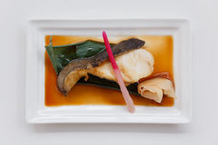 Sablefish de Teriyaki: Fried Marinated Sable Fish com molho de Teriyaki Imagens de Stock
